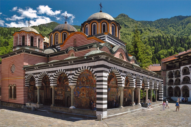 rila monastery, Church of the Nativity of the Virgin, interior, diversity of compositions depicting religious scenes, stone walls, chapels, monastic cells, rila monastery tour from sofia