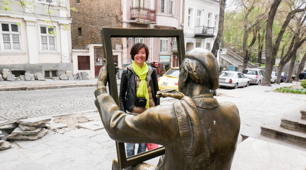 Tsanko Lavrenov statue Plovdiv